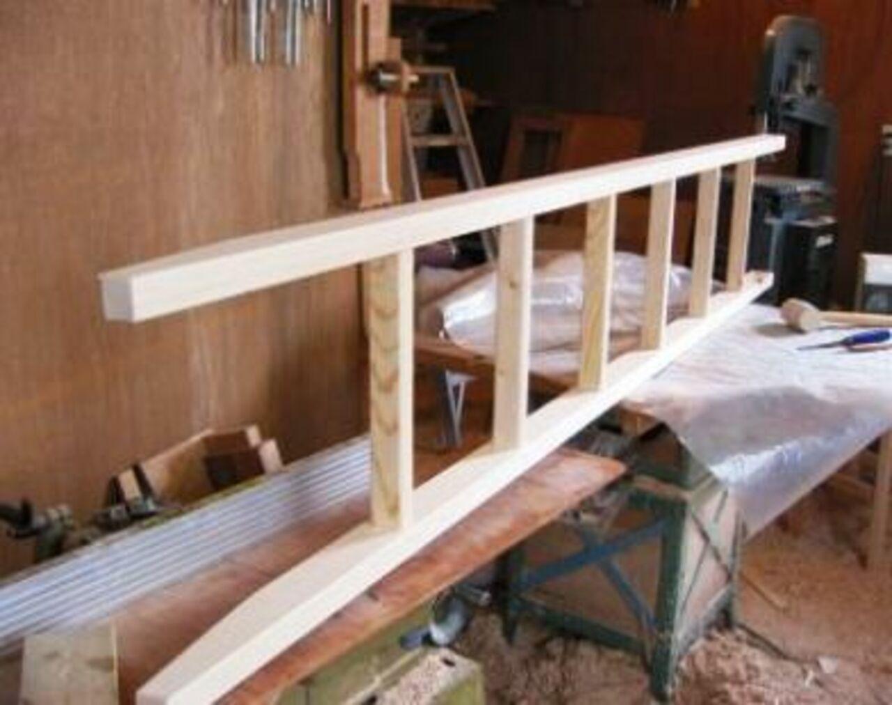 Легкая приставная лестница своими руками