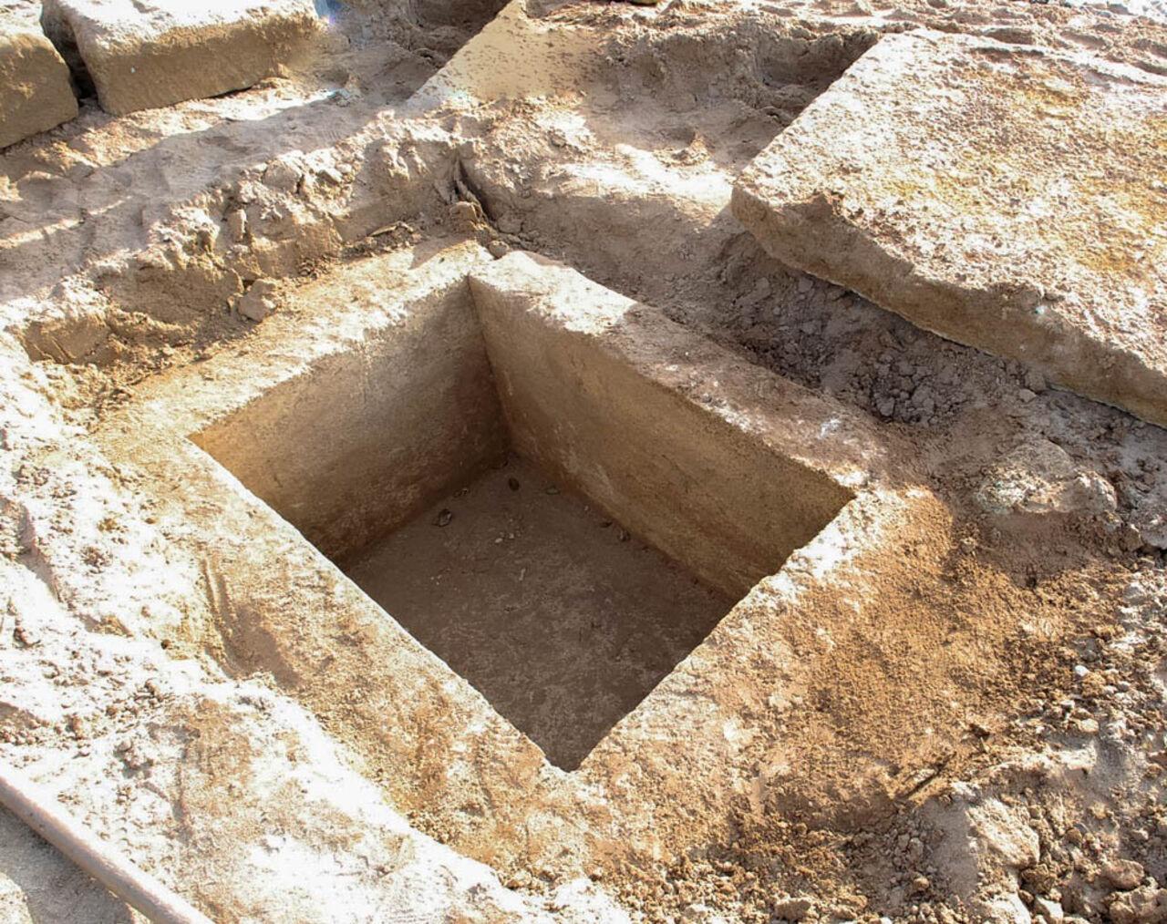 ВЕвпатории на береге отыскали древнегреческое захоронение