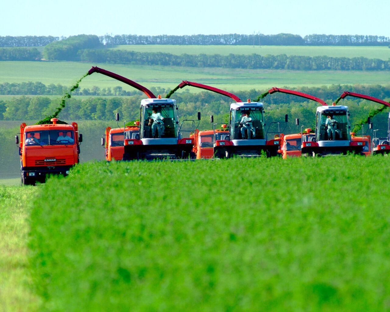 Русские производители сельхозтехники получат от руководства 1,5 млрд руб