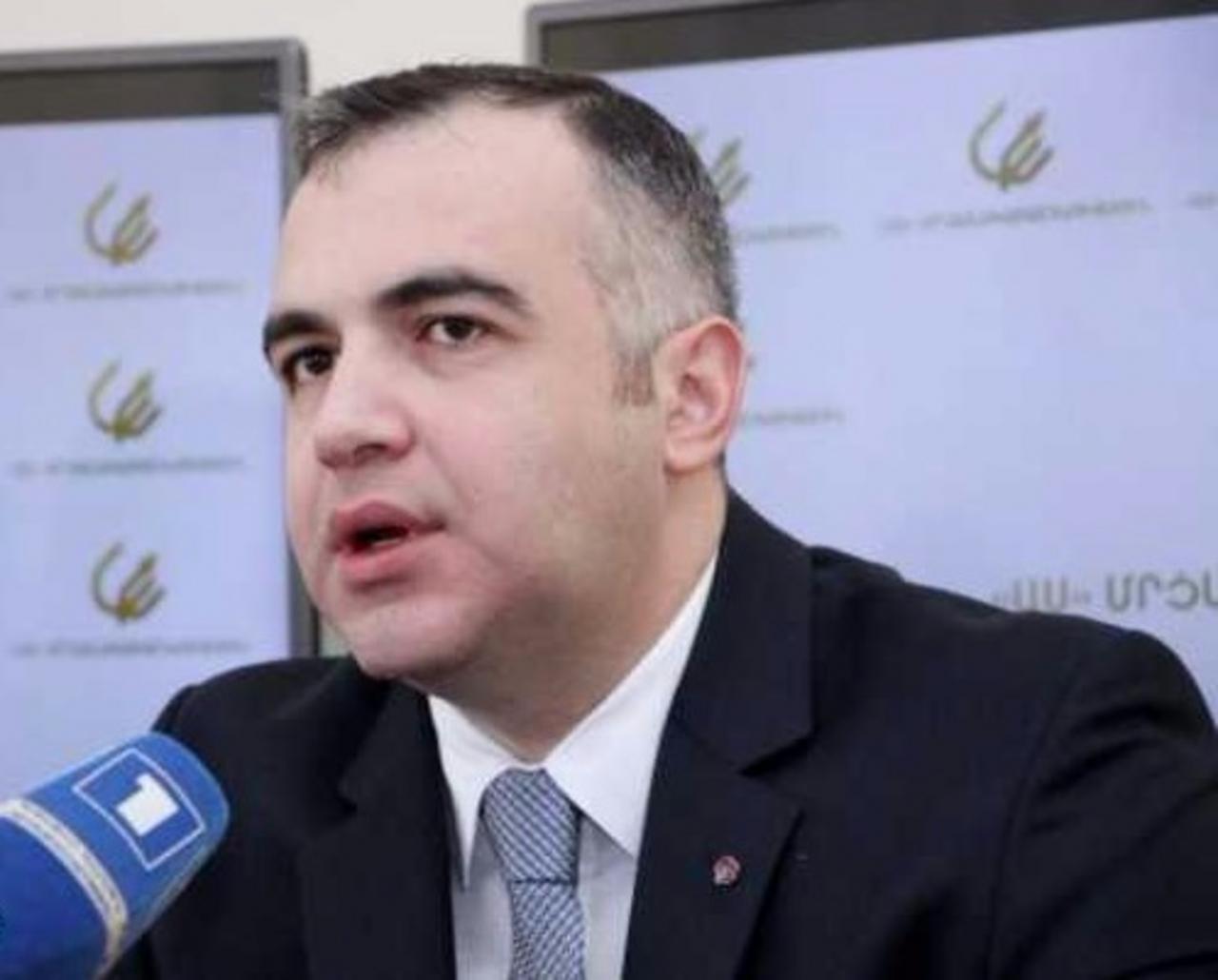 Президент Армении назначил оппозиционного политика послом вДании