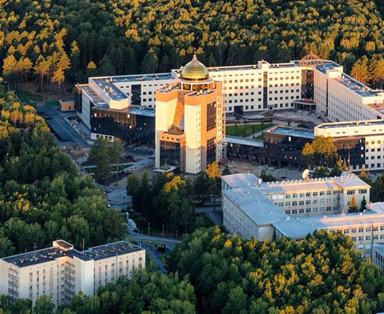 Выпускники МГУ вошли втоп-15 поуровню триумфа