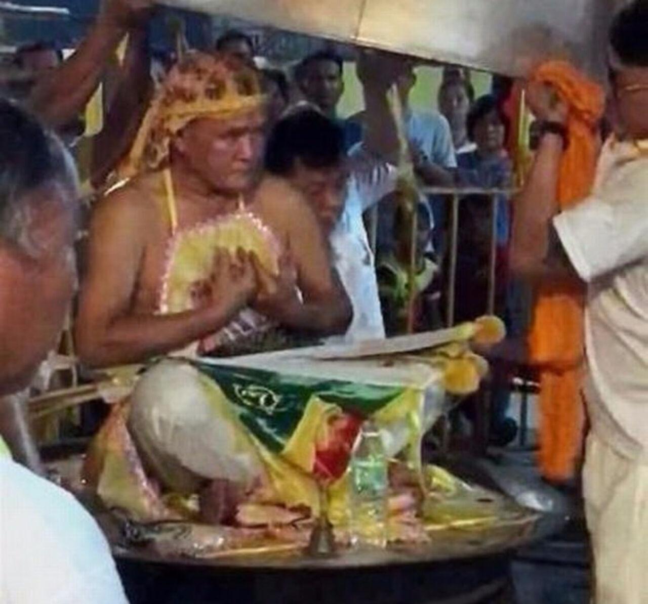 Малазийский шаман умер вкотле скипящей водой впроцессе ритуала