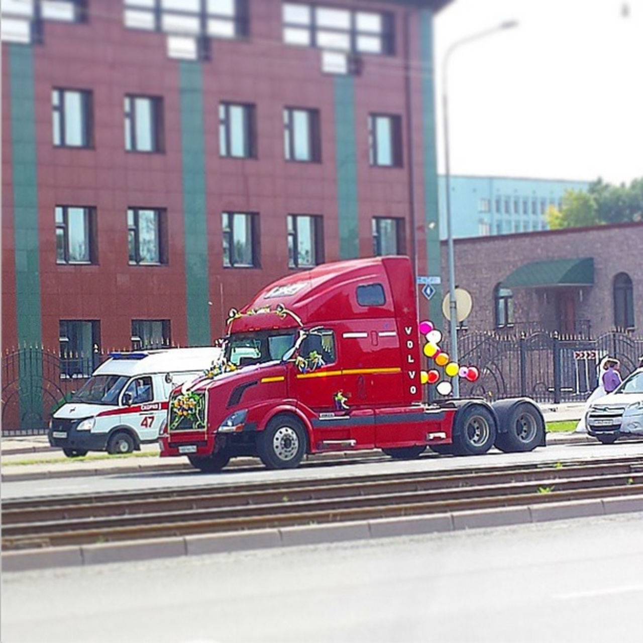 Свадьба на грузовиках фото