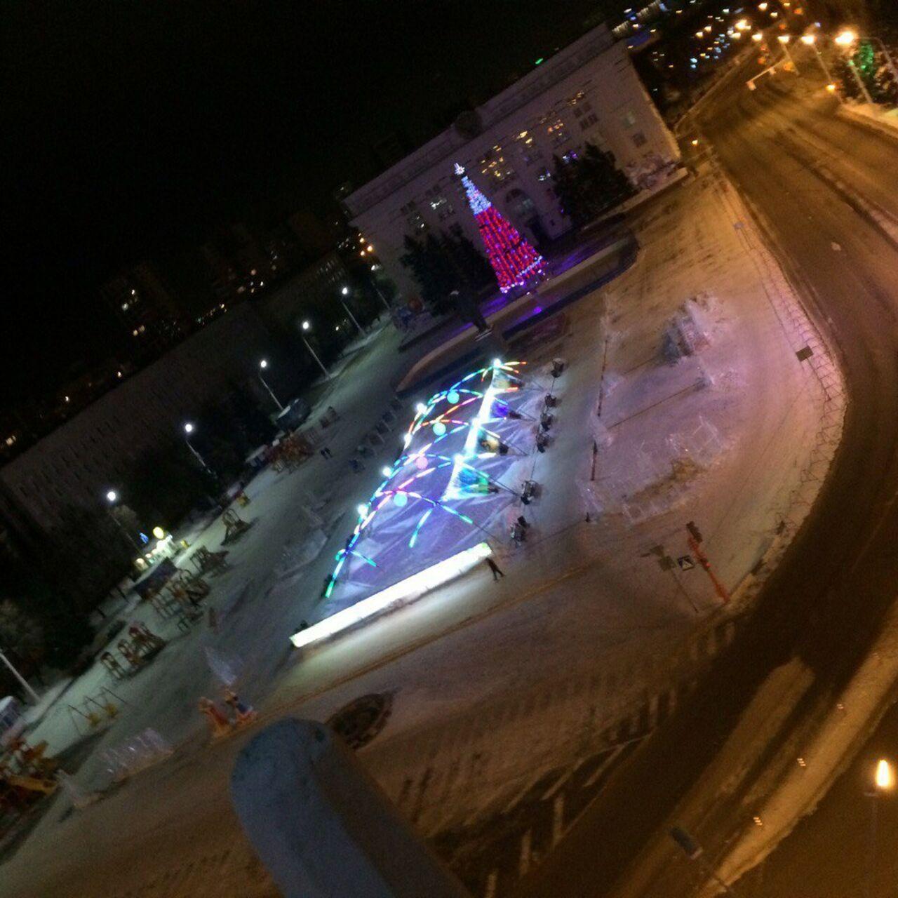 ВКемерово ищут молодых людей, разместивших вглобальной паутине селфи накрыше здания