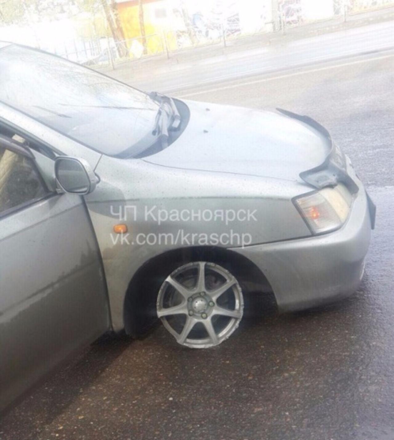 ВКрасноярске пьяная автоледи лихачила надороге смалолетним сыном всалоне