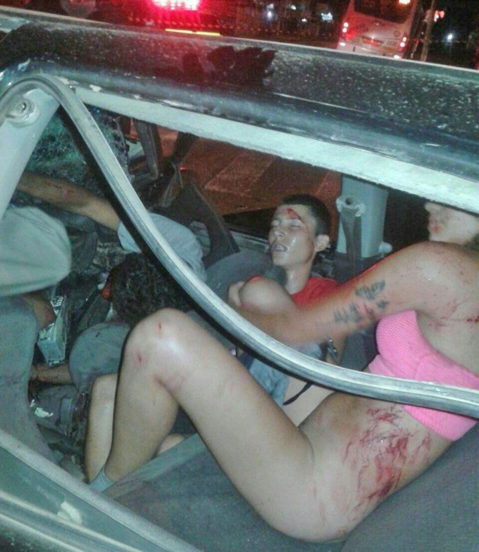 Секс на переднем сиденье в машине фото 6 фотография
