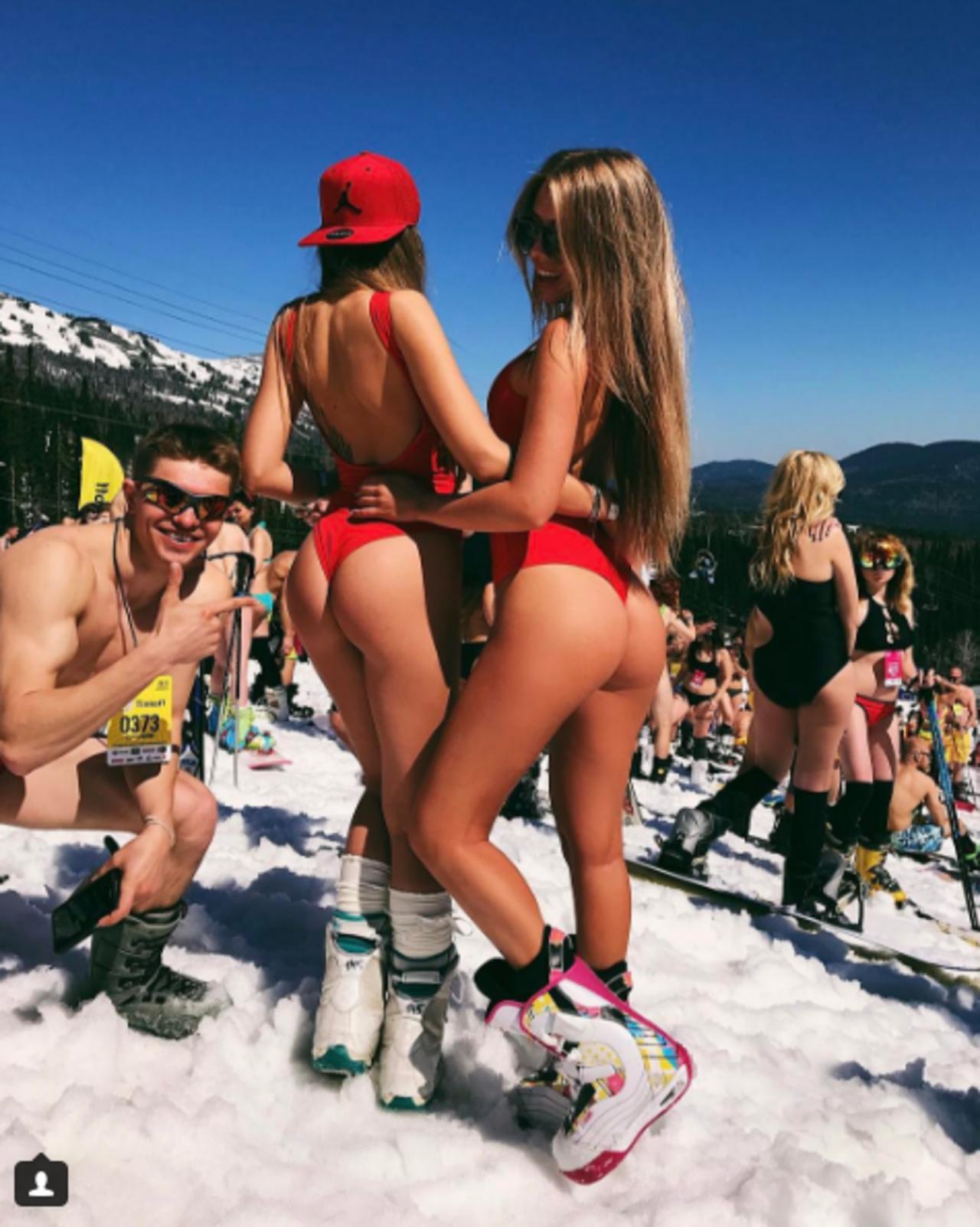 Групповое порно смотреть онлайн, секс групповуха где толпой ебут одну девку