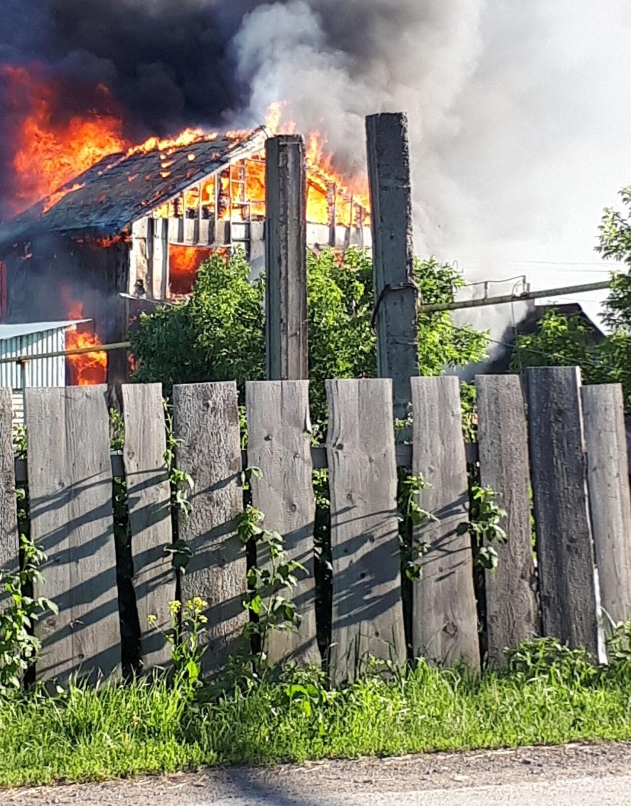 Вгоревшем наМеталлплощадке доме умер пенсионер