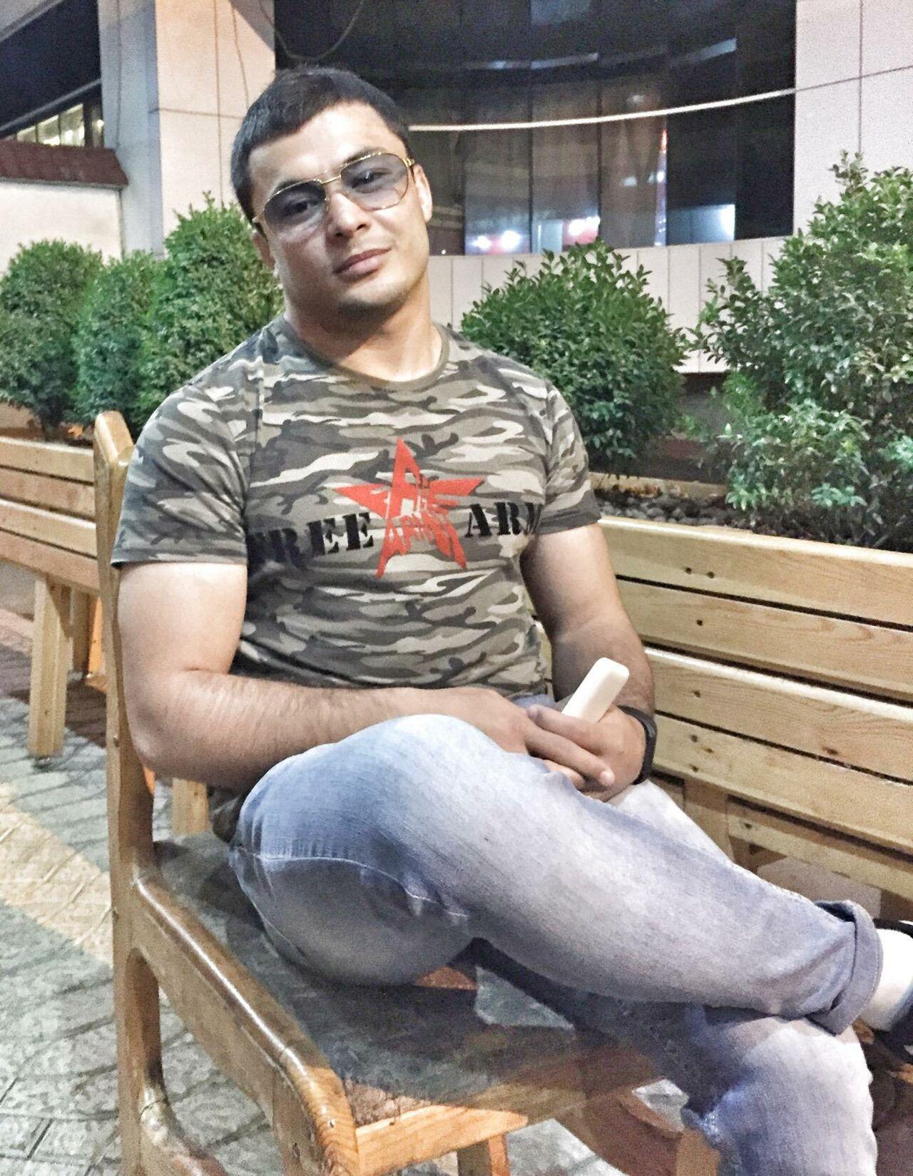 Боец смешанных единоборств из Узбекистана Джамшид Кенжаев скончался от ножевого ранения в ночь на 9 августа