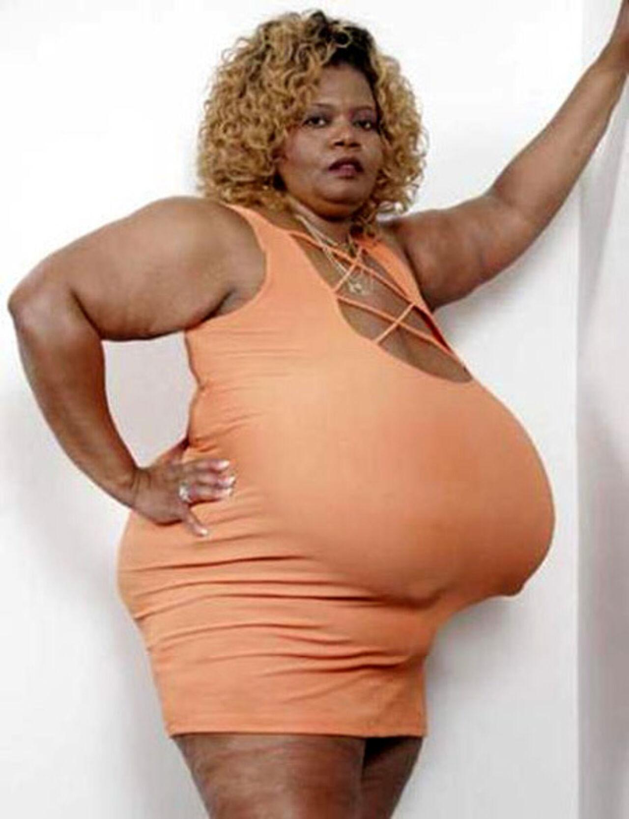 Фото жіночі груди великі 16 фотография