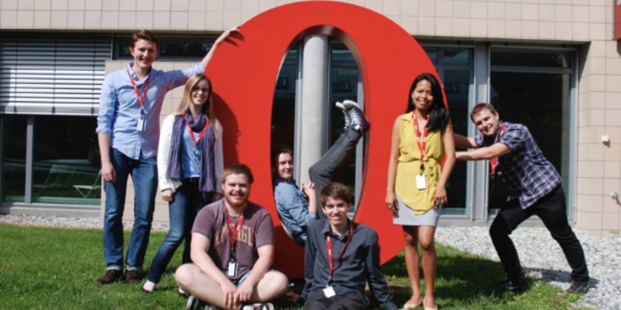 Владельцы норвежской компании Opera Software которая разрабатывает одноименный браузер ищут возможности для её продажи. Об этом сообщает Reuters