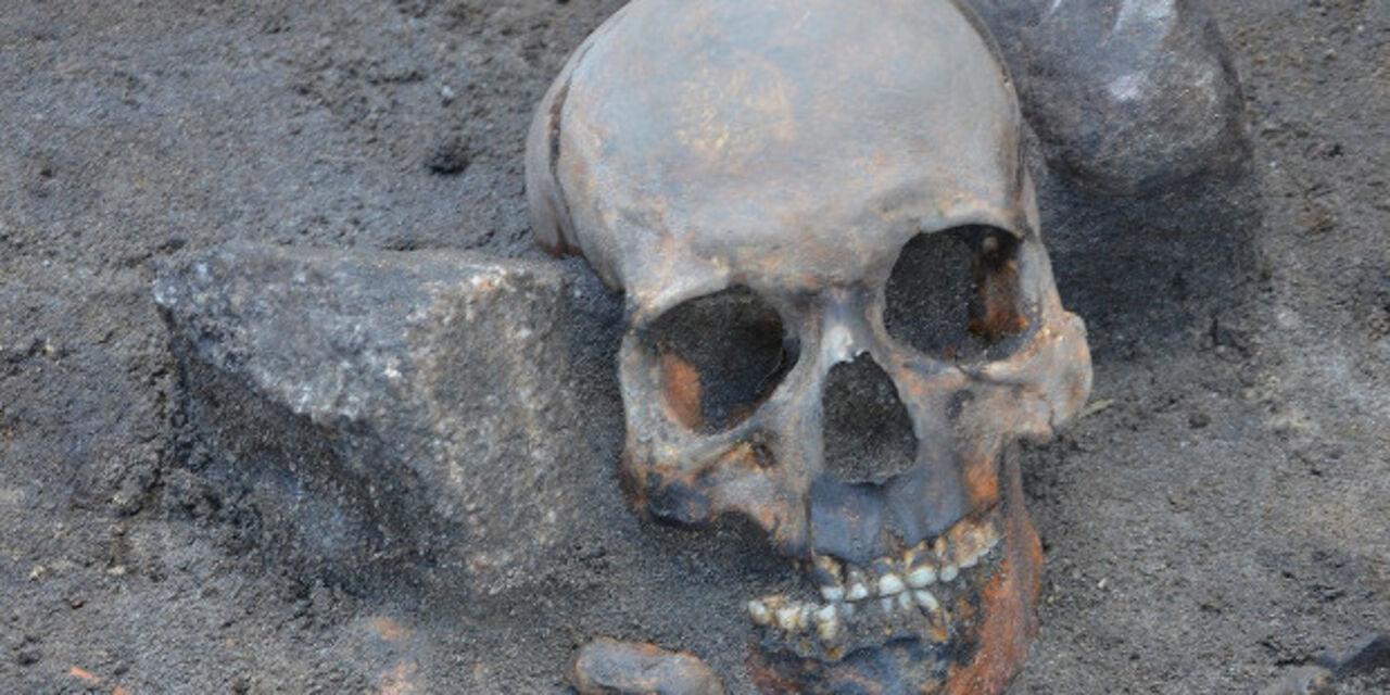 Накладбище вПольше откопали 3-х «вампиров»