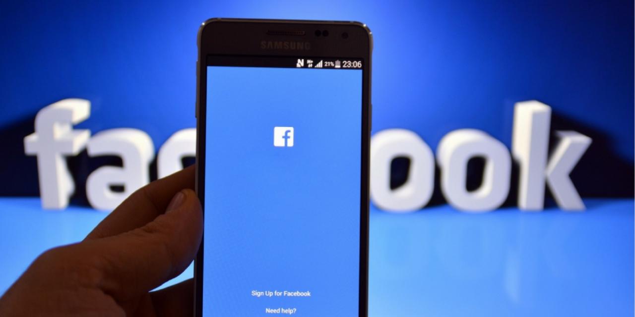 Министров идепутатов Крыма вынудили завести аккаунты на фейсбук