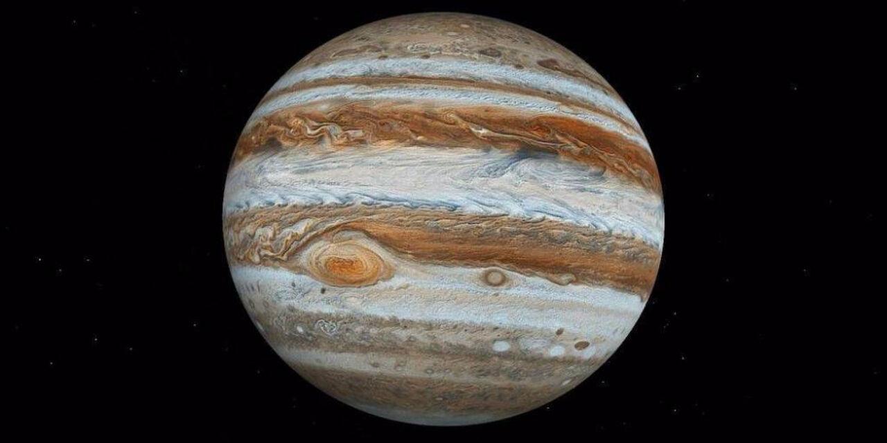 Под верхним слоем Юпитера находится планета, подобная наЗемлю