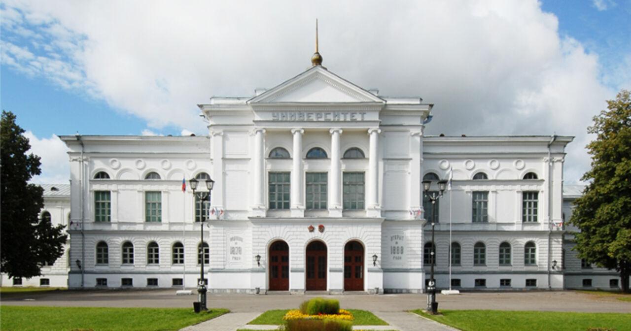 Руководителя административного подразделения Томского госуниверситета подозревают вполучении взяток
