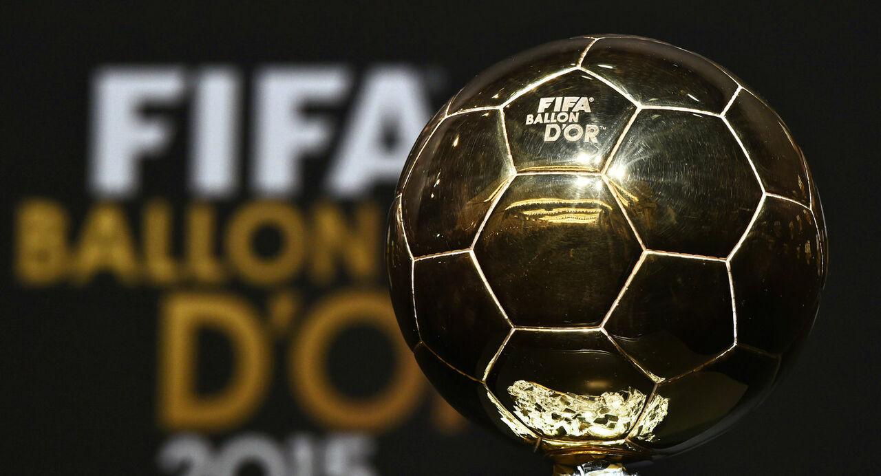 Французское печатное издание заявило оготовности вручать Золотой мяч отдельно отФИФА