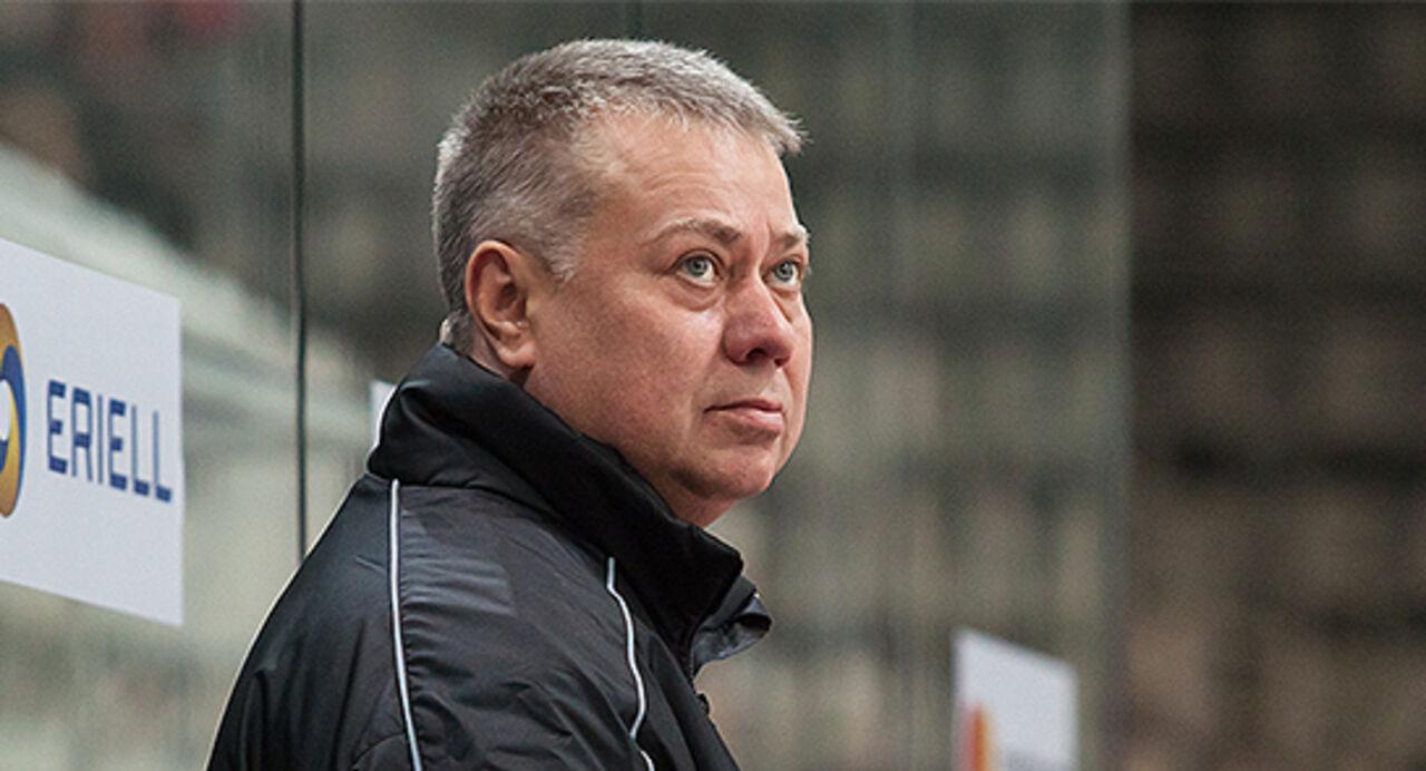 Экс-главный тренер сборной Украинского государства похоккею возглавил русский клуб