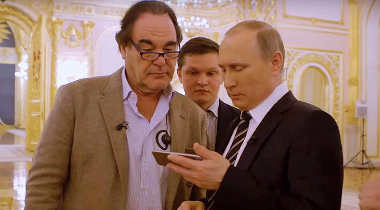 Оливер Стоун обнародовал постеры к кинофильму оПутине