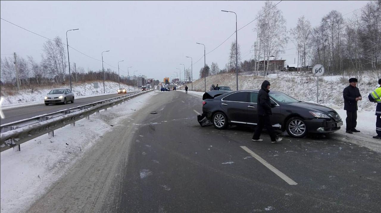 ВИркутске нарушитель после серии ДТП сбил инспектора