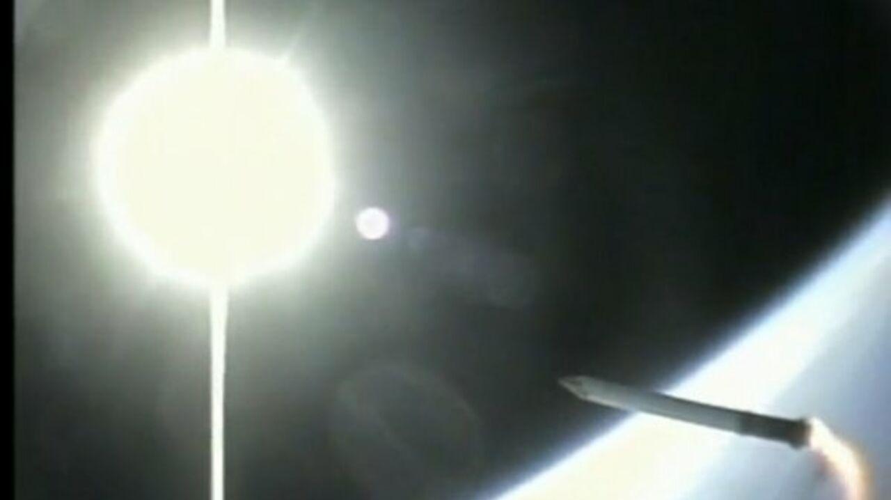 Астронавты шаттла зафиксировали встречу сНЛО