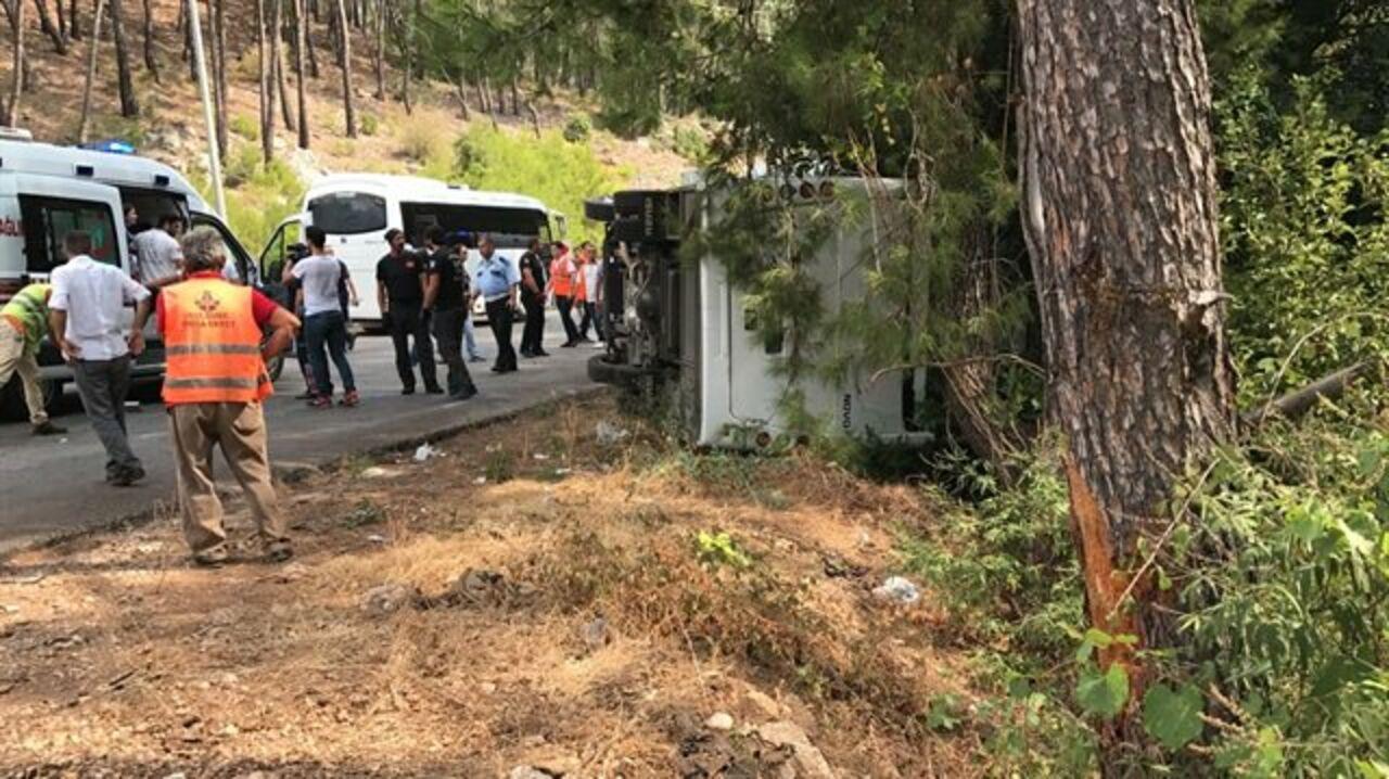 Автобус стуристами попал вДТП вТурции