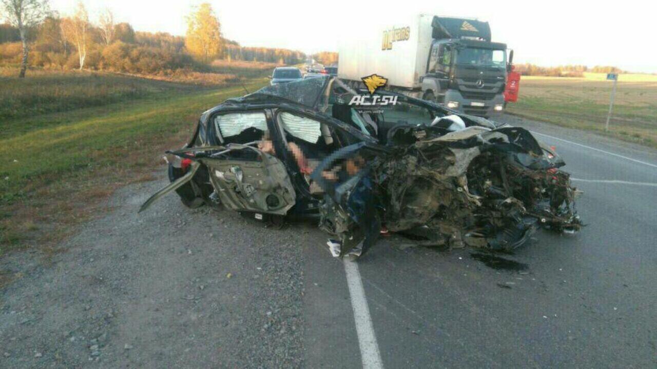 Под Томском встрашном ДТП погибли семь человек