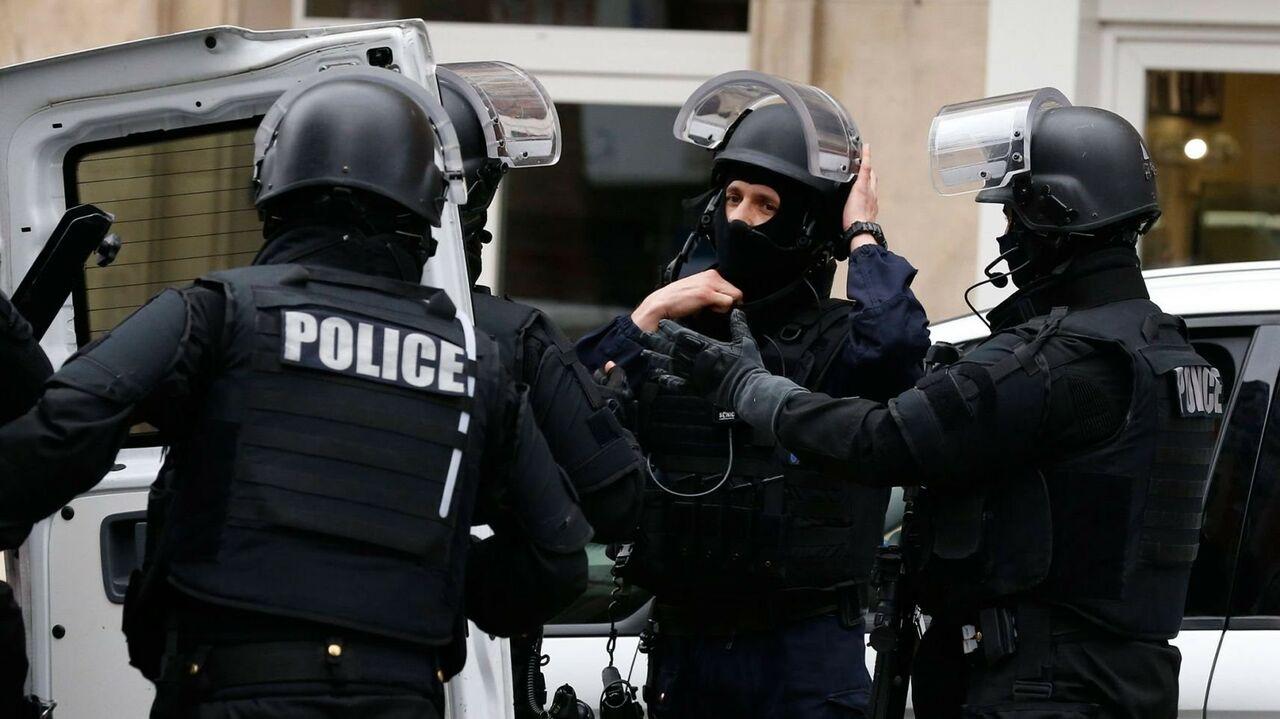 Милиция Франции задержала семью поподозрению вподготовке теракта