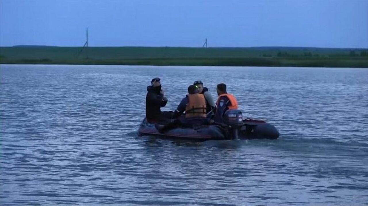 СК: при крушении лодки наозере Максимка погибли 7 человек