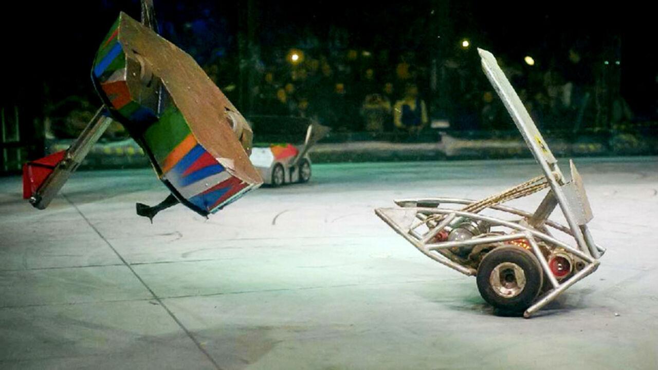 Старую технику жителей столицы уничтожат боевые роботы