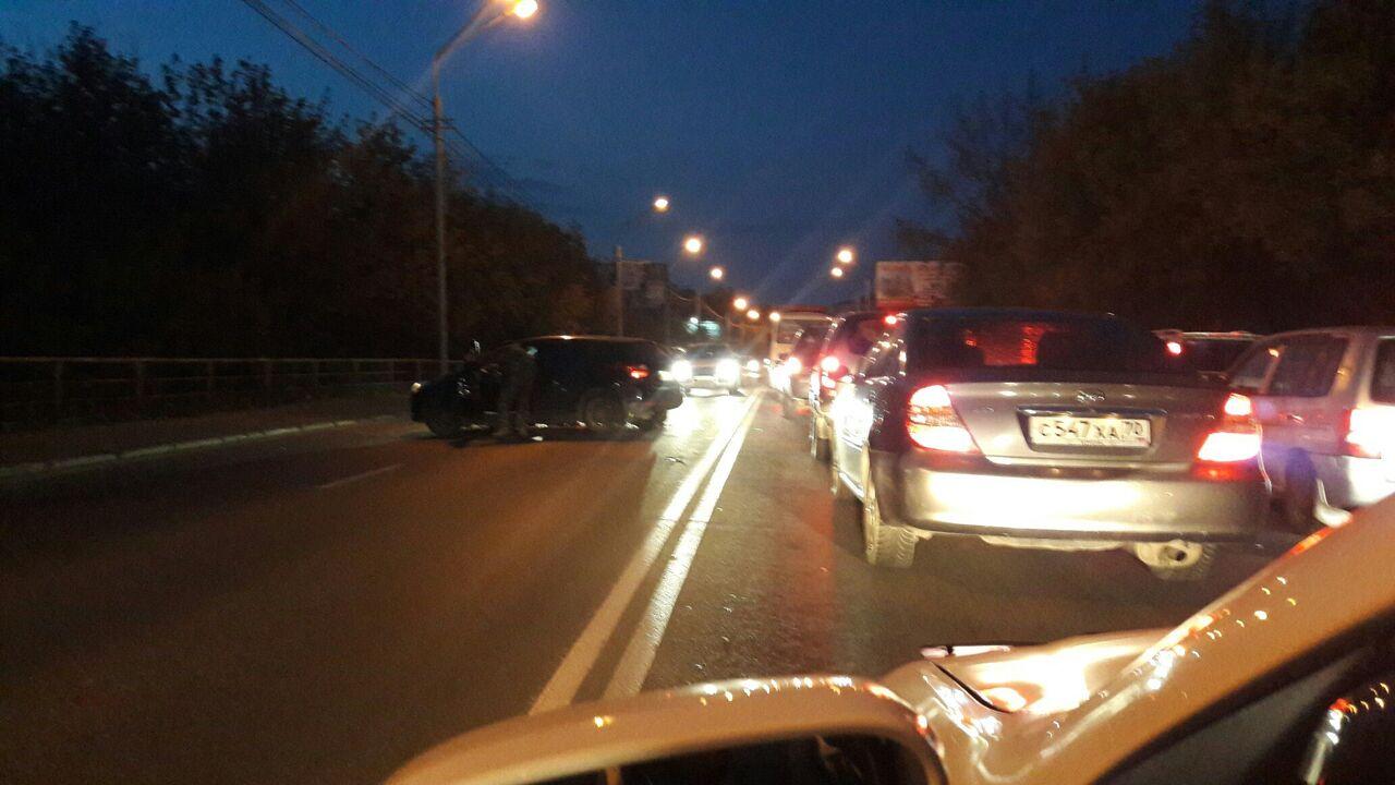 Мотоциклист умер при столкновении синомаркой вТомске