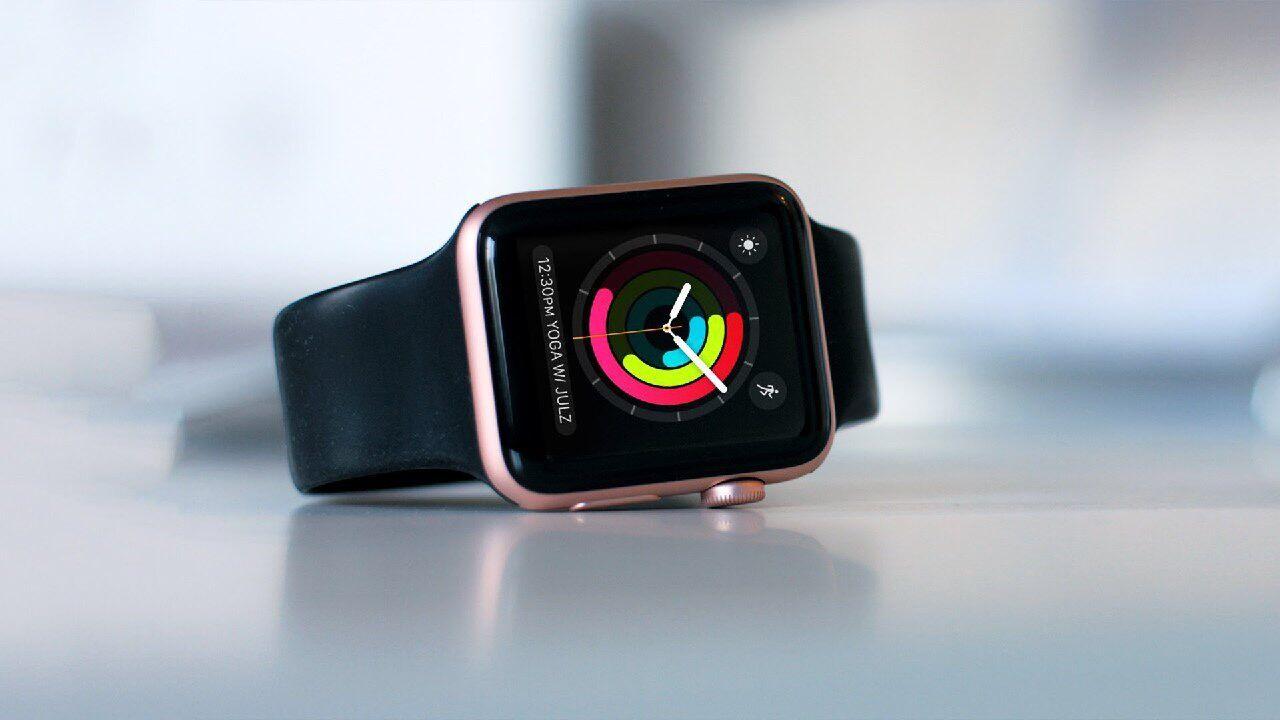 Аналитики исследовали рынок смарт-часови пришли к выводу что компания Apple держит безоговорочное лидерство