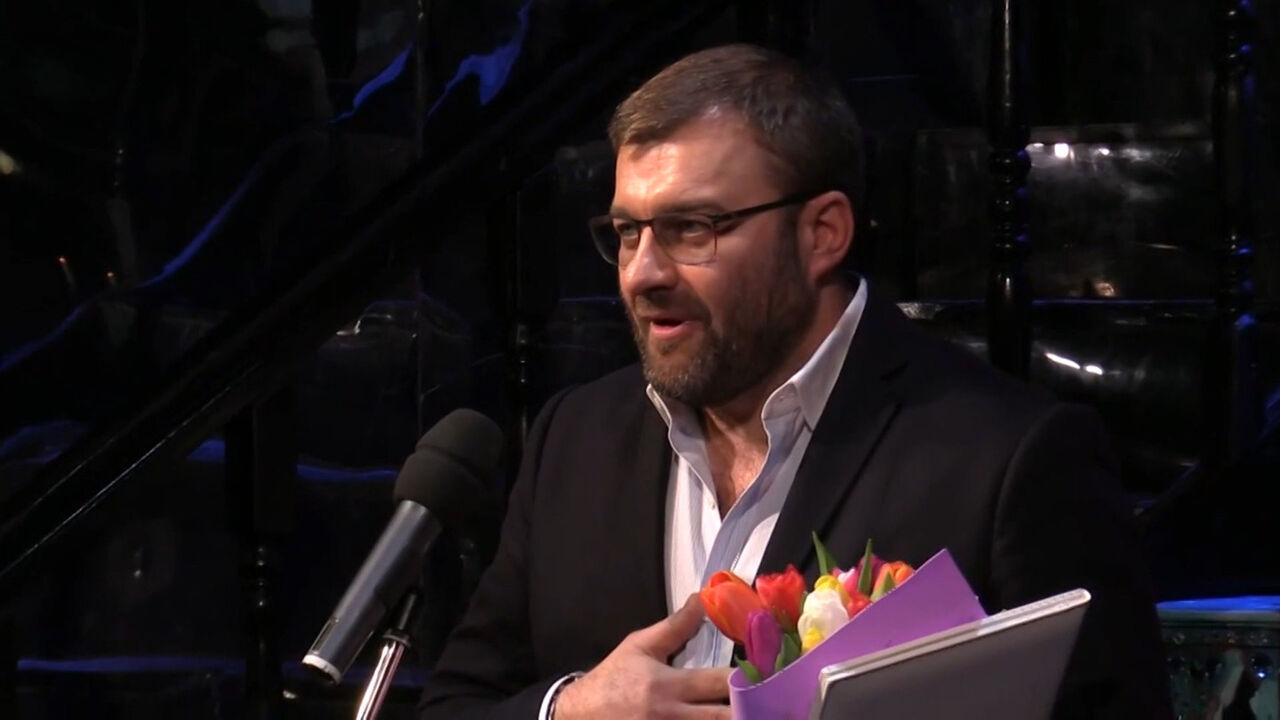 Николай Караченцов отменил поездку навручение премии «Фигаро»