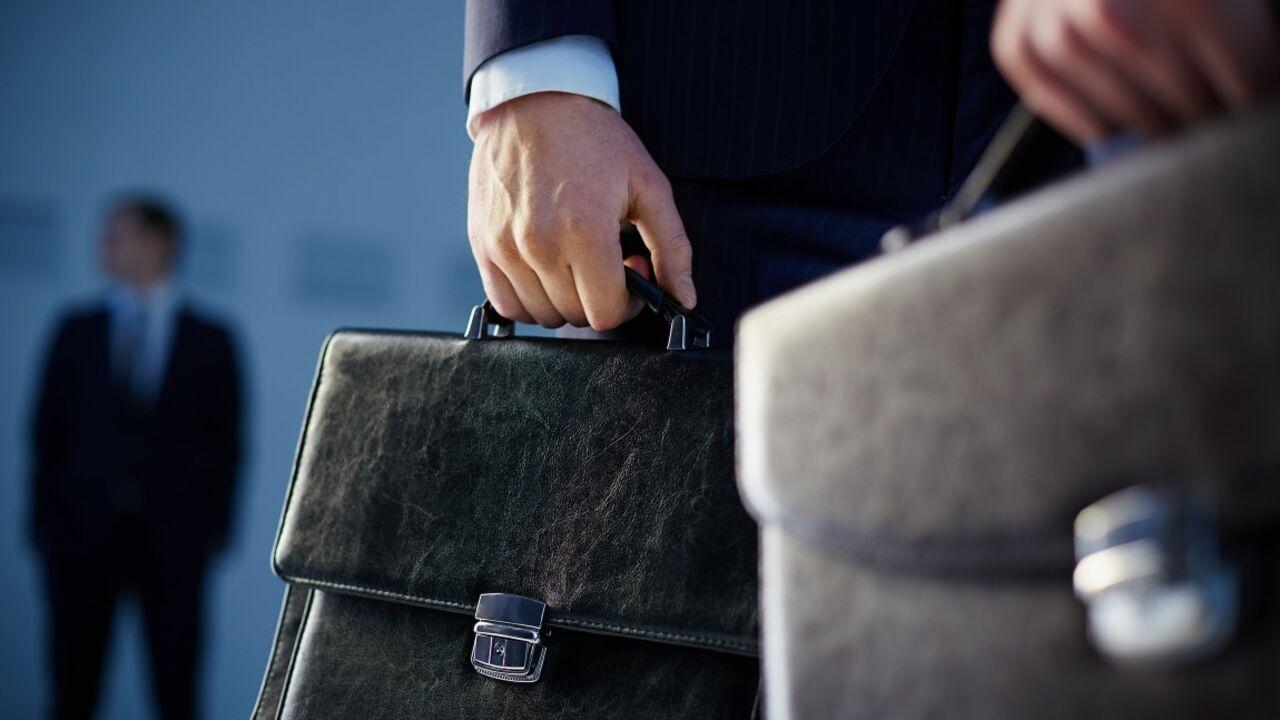Заработной платы чиновников в областях увеличились на11,5% втечении следующего года