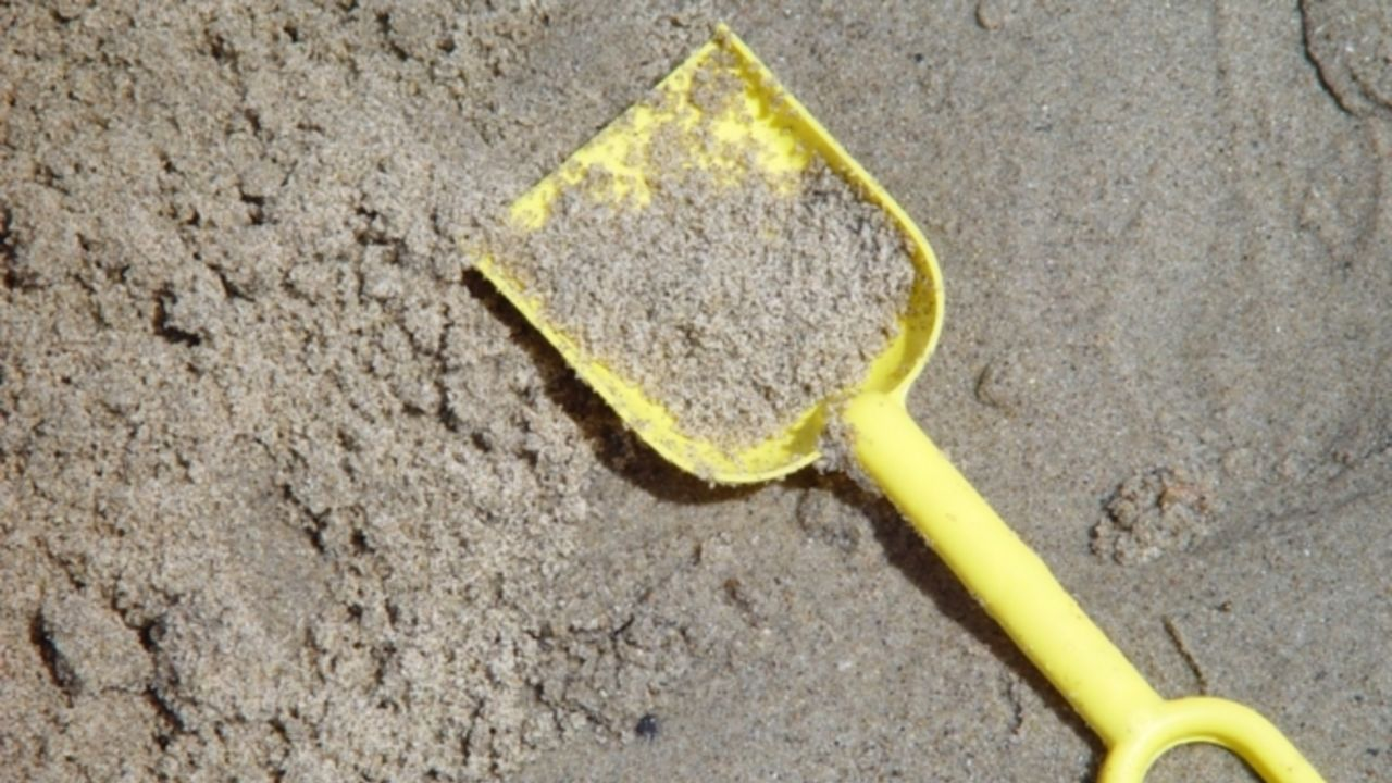 Кузбассовцу прислали песок вместо телефона