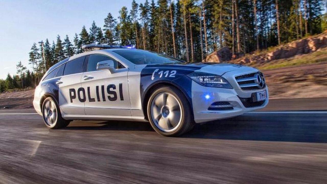 3,5 тысячи наблюдателей эвакуировали состадиона вФинляндии из-за угрозы взрыва