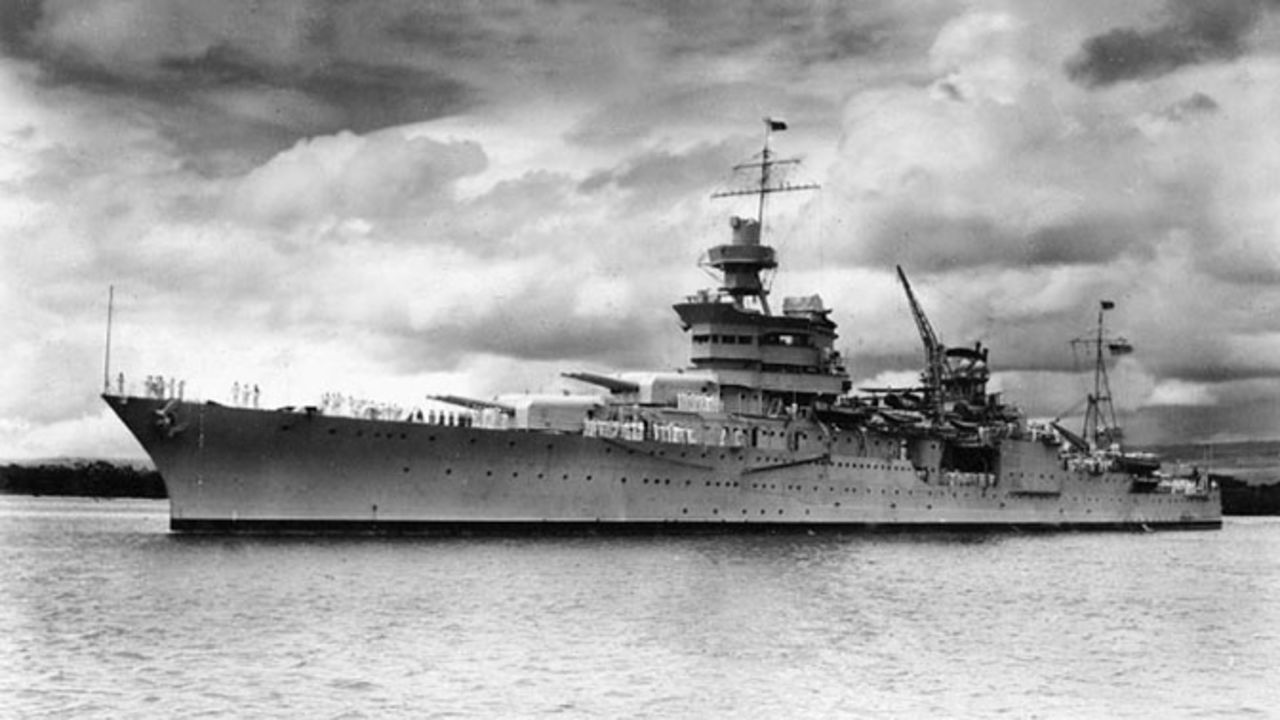 the details of the sinking of the uss indianapolis