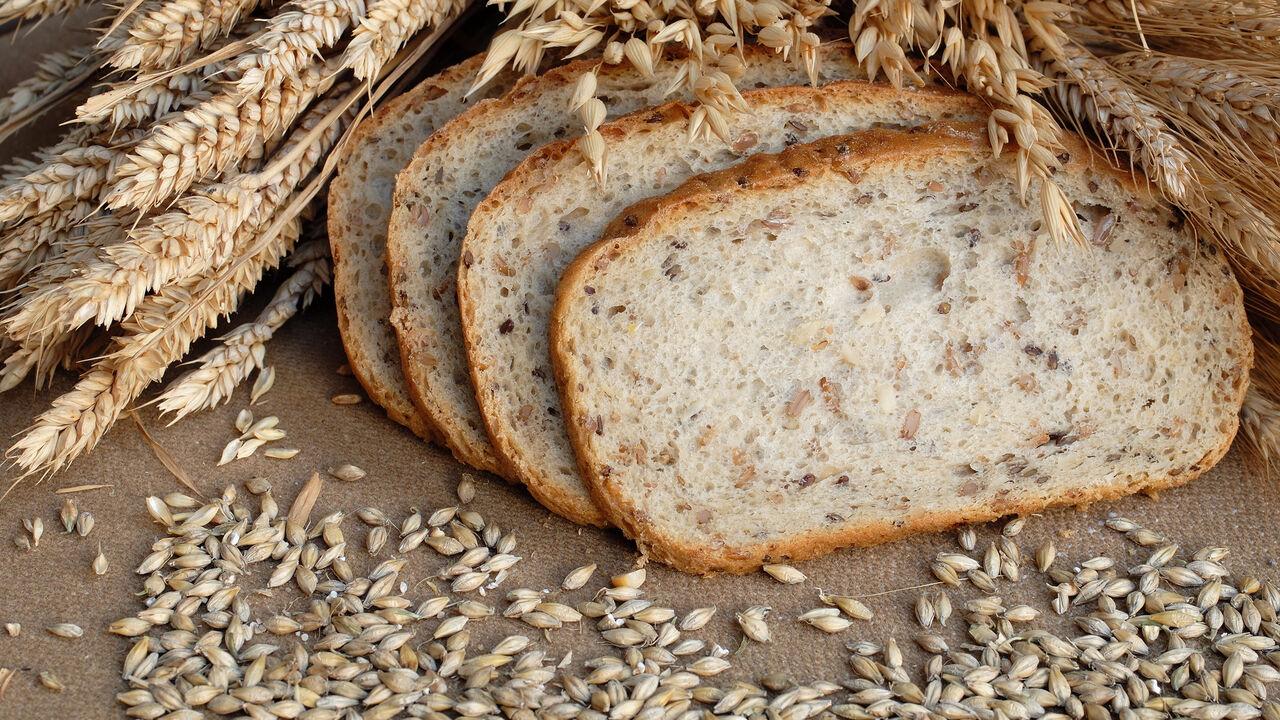 Полтавченко предупредил Дворковича обугрозе дефицита хлеба вПетербурге