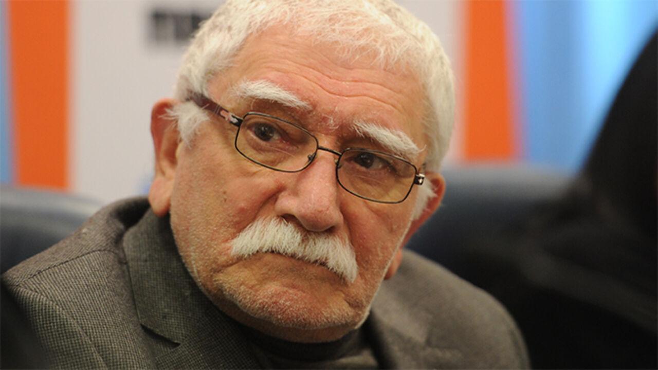 Армен Джигарханян экстренно доставлен в поликлинику