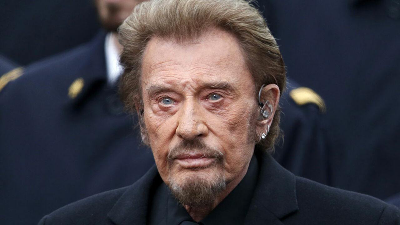 ВоФранции скончался рок-певец Джонни Холлидей