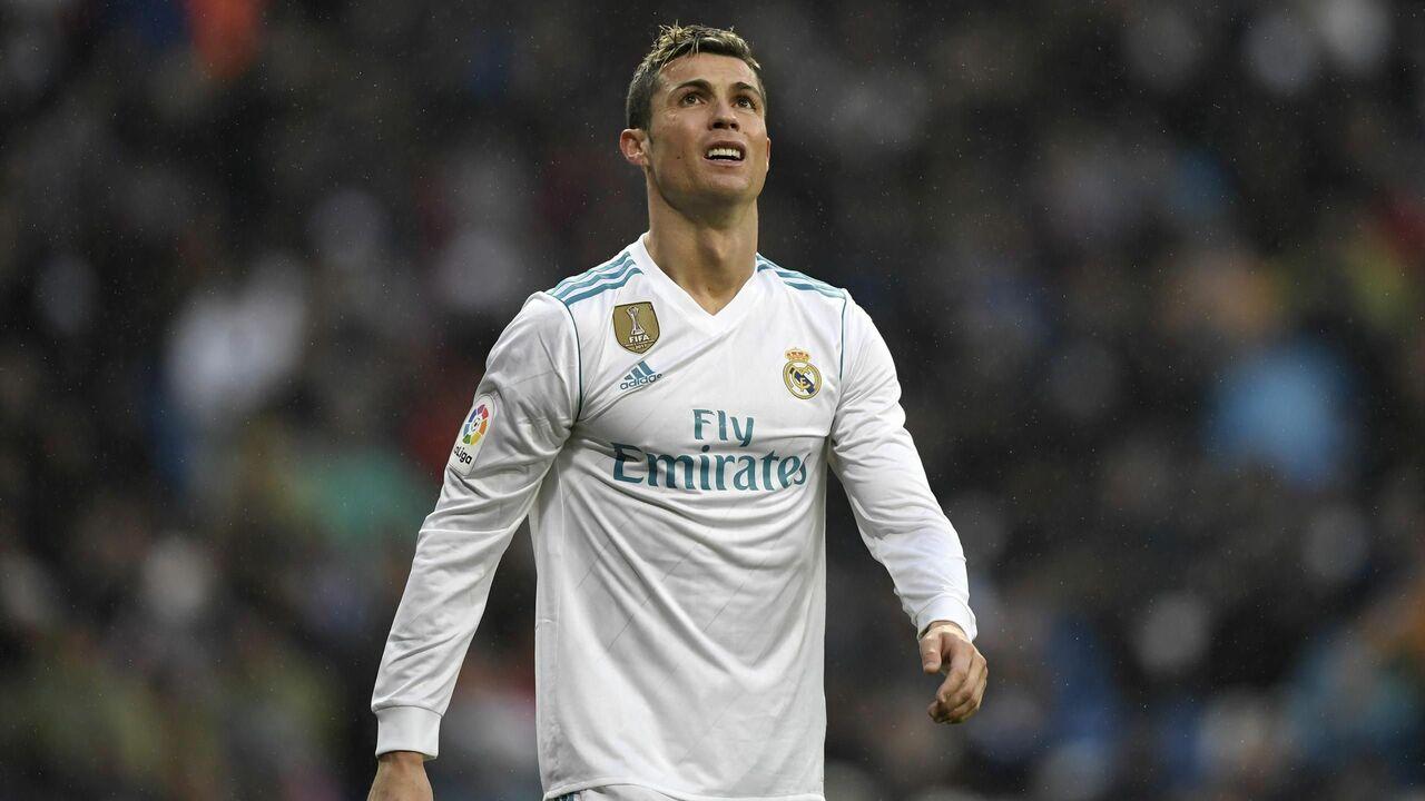 Флорентино Перес указал на дверь девяти футболистам 'Реала'