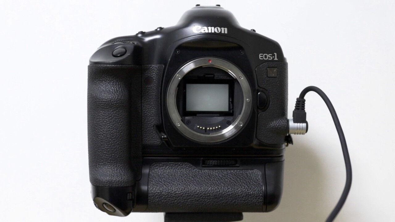 Компания Canon прекратила реализацию пленочных фотокамер