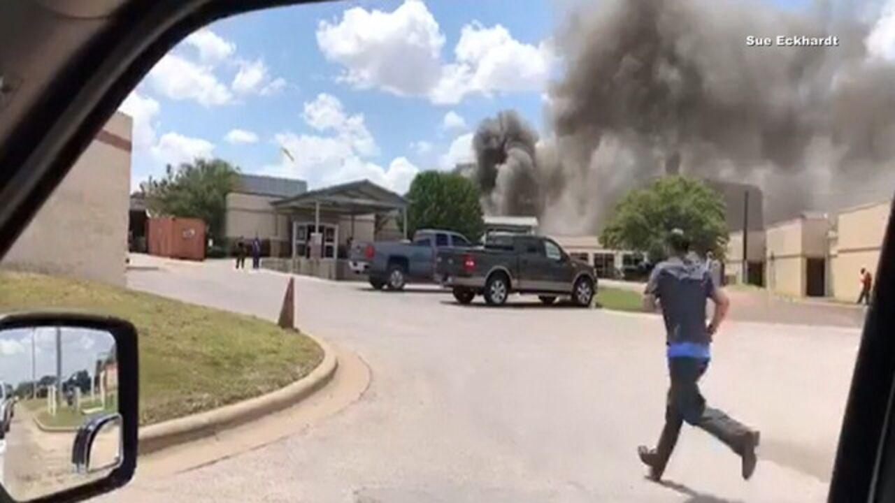 ABC: вТехасе в итоге взрыва рядом сбольницей умер один человек
