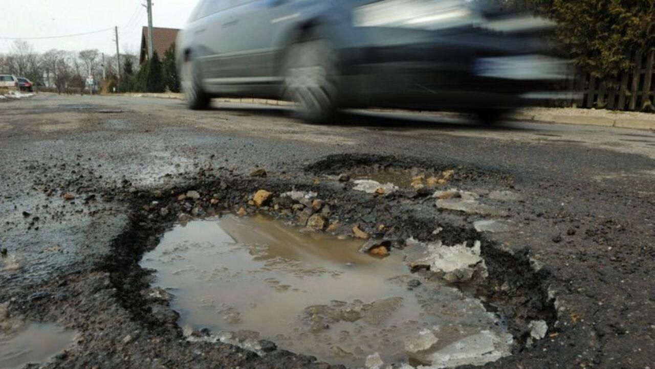 В Кирове появилось мобильное приложение «Убитые дороги»