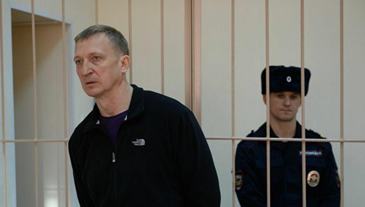 Следствие требует оставить экс-главу кемеровскогоСК Калинкина вСИЗО доконца лета