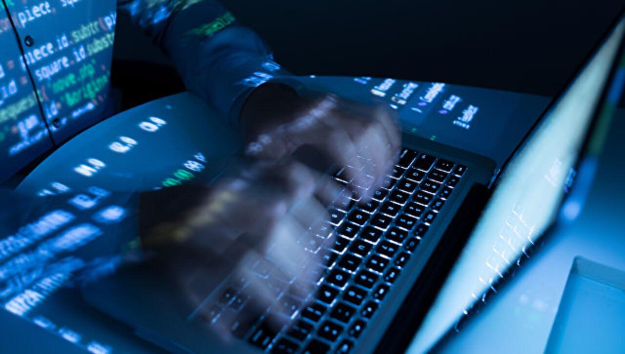 Сеть 5G захотели сделать  вСША для защиты откитайской угрозы