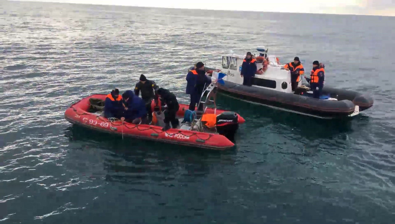Крушение Ту-154: изводы подняты еще три тела погибших