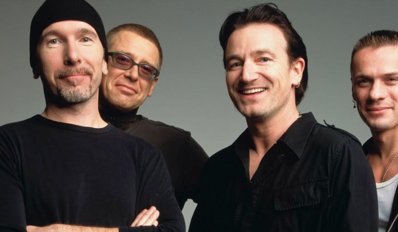 Налегендарную группу U2 подали всуд заплагиат