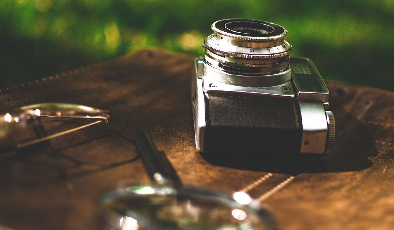 Видео избиения вКрыму туристов, отказавшихся платить зафотографии сорлом