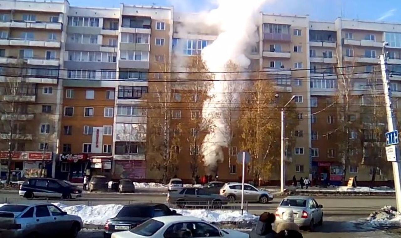 ВКузбассе напожаре вмногоэтажке умер трёхлетний ребёнок