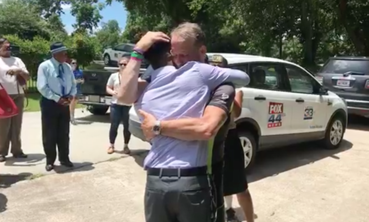 ВСША отец проехал несколько тыс. миль, чтобы услышать сердцебиение умершей дочери